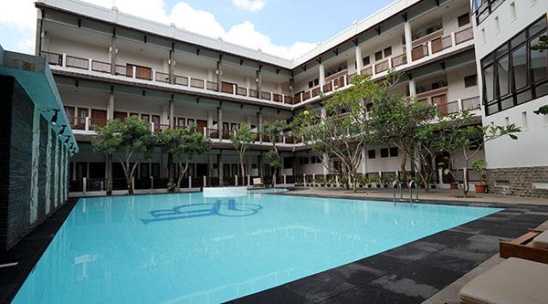 laut_biru_hotel